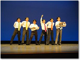 サラリーマンのダンス